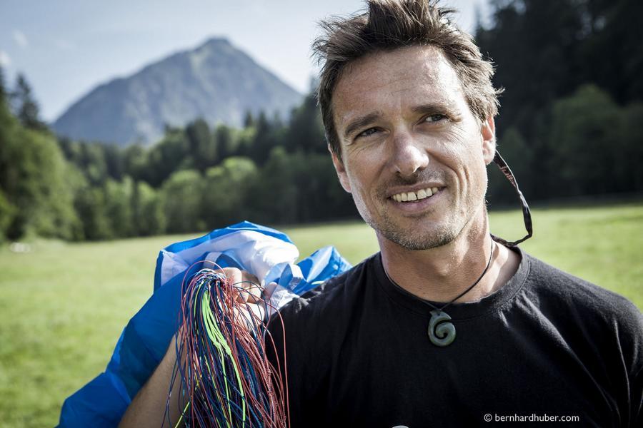 Chris Geist, Paraglide Instrukteur,Gleitschirmlehrer, Paragliding Academy Immenstadt, am Flugberg Nebelhorn in Oberstdorf Allgäu